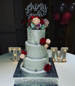 Silver Pearl cake