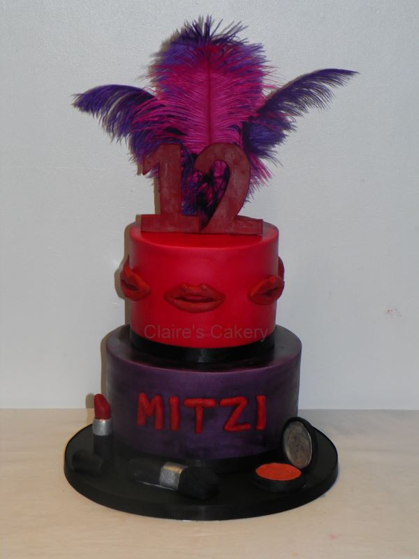 make up and feathers cake