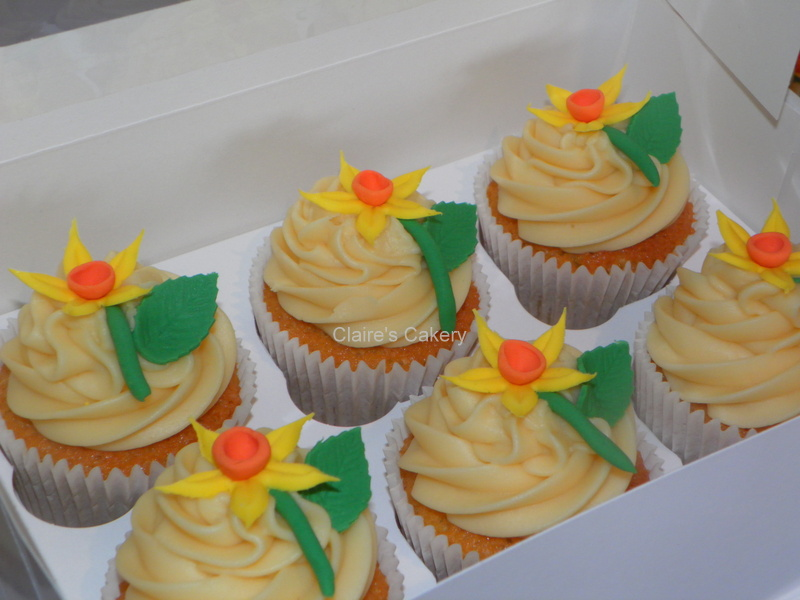 Spring Daffodil Cupcakes