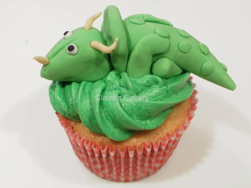 Dino Cupcake