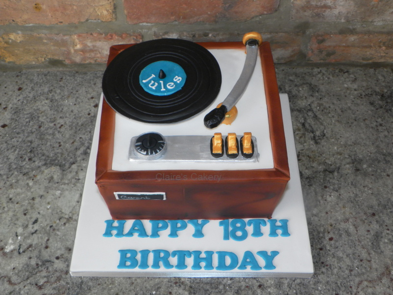 Vintage Vinyl Player Cake