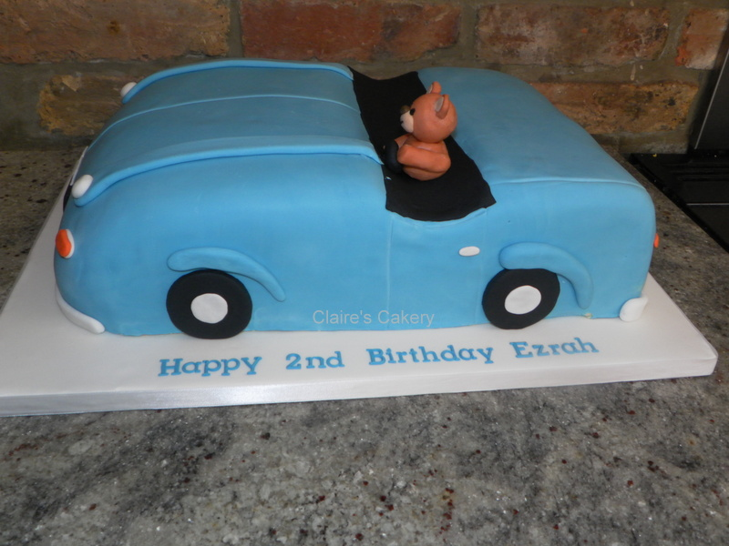Teddy in a car cake