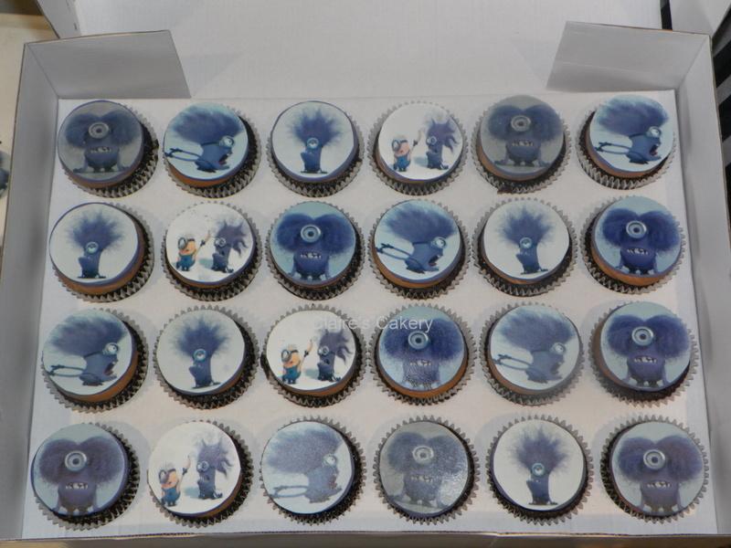 evil minion cupcakes