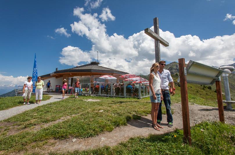Restaurant de La Croix-de-Coeur en été