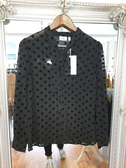 Black bow tie shirt from ICHI