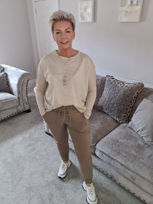 The ultimate jogger in Taupe by Suzy D London