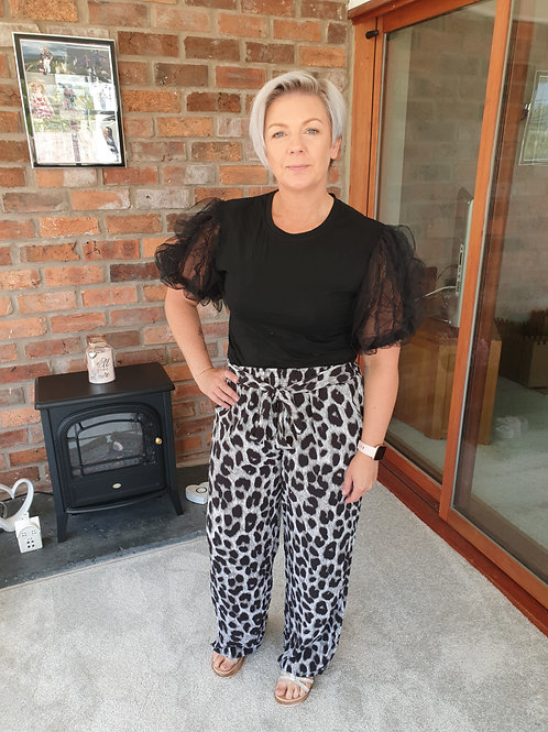 Grey leapord print wide leg trousers