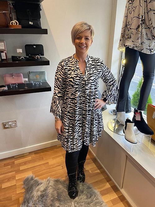 Gorgeous Black and white Zebra Print Dress