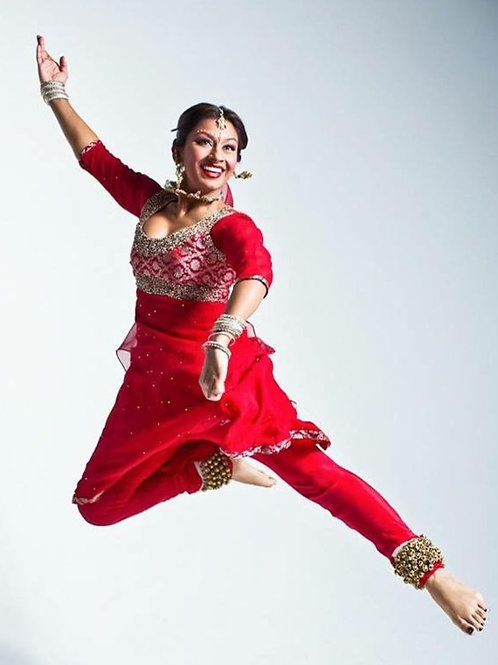 8 HOURS OF PRIVATE KATHAK DANCE CLASSES TAUGHT BY AMRAPALI AMBEGAOKAR
