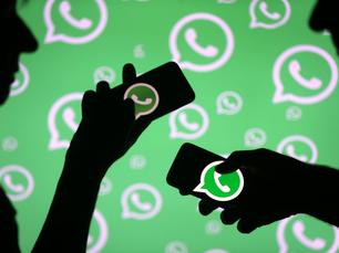 Autoritários, tirem as mãos do meu WhatsApp!