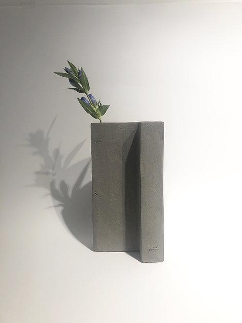 Serax - Vaso scultura in cemento