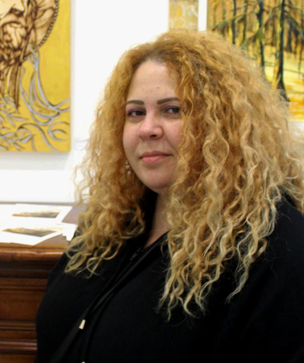 Camelia Rostom
