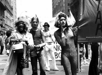I moti di Stonewall e la nascita del Gay Pride Parade