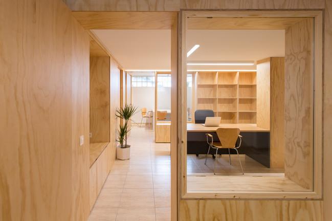 Transición despacho, oficina, sala de reuniones.