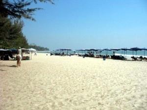Cha-Am beach