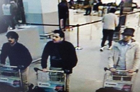 Five Terrorists Arrested In UK, One At London Airport