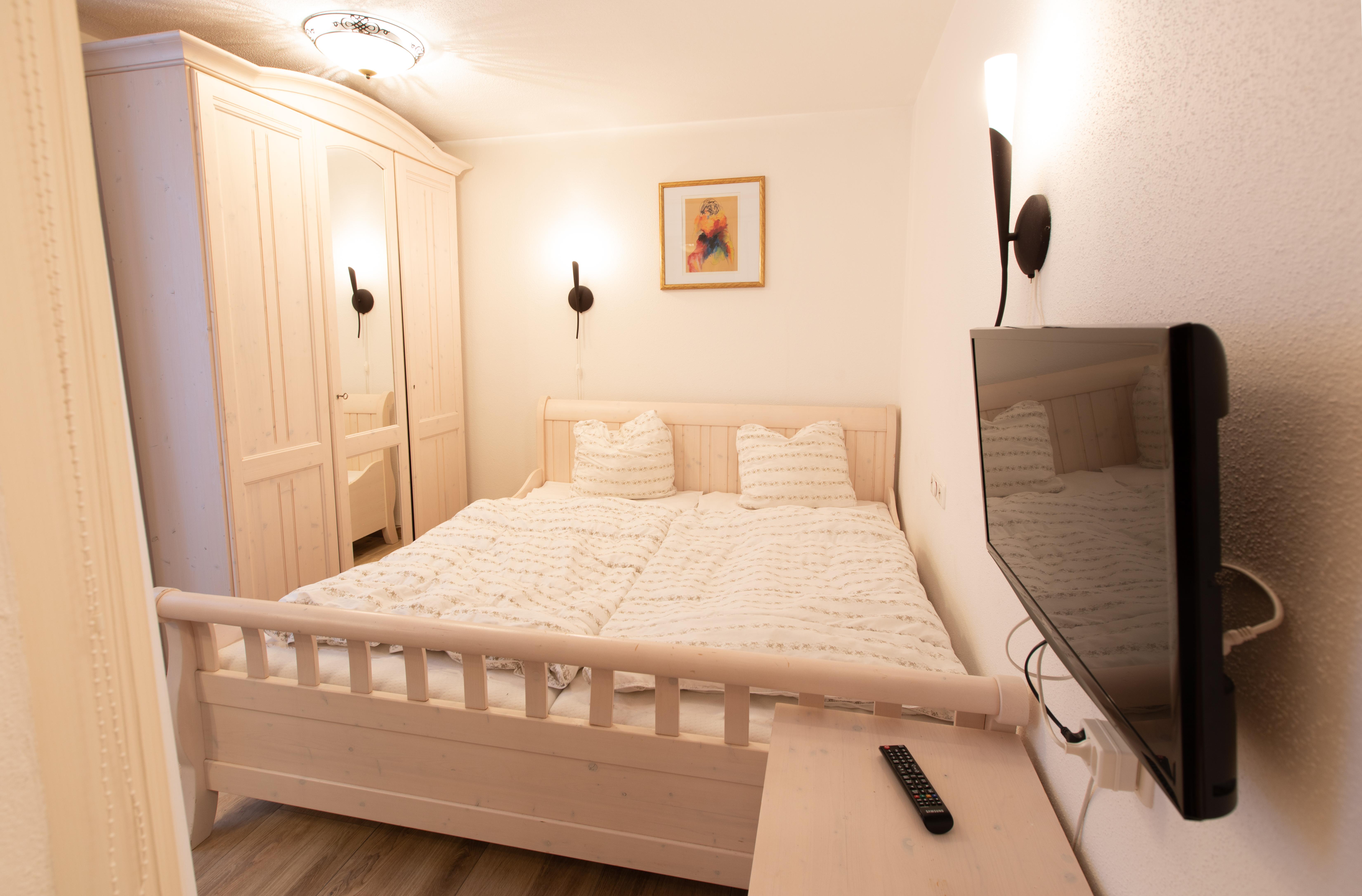 Bedroom 4/5