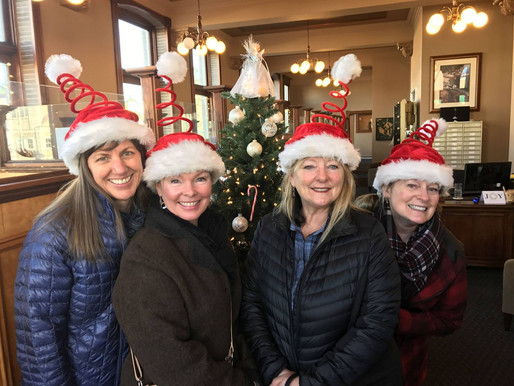 Chardonnay Shopping in Friday Harbor for the Holidays Video