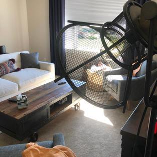 Living room light detail