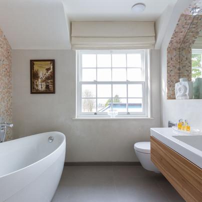 ab_long_view_23 rosemary's bathoom.jpg