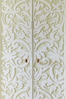 ab_standlake_25 graceful doors.jpg