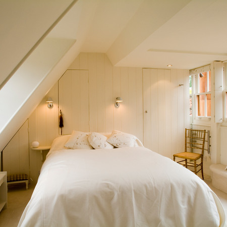 ESME-bedroom.jpg