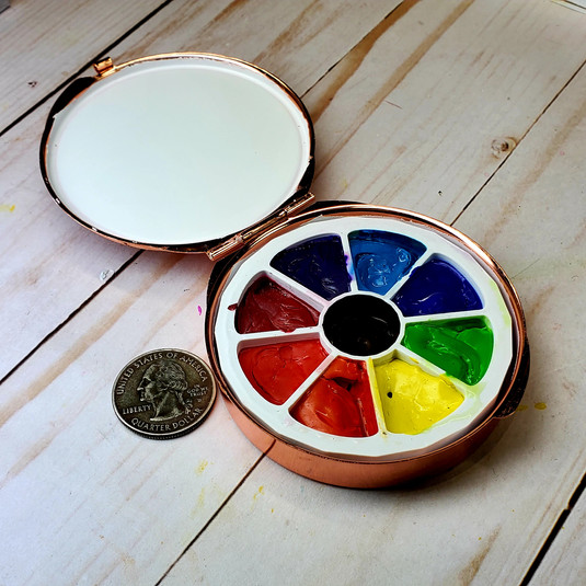 Round watercolor palette with two palette inserts