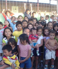 U.S.-VBS team join forces with Ecuadorians in Floron 8