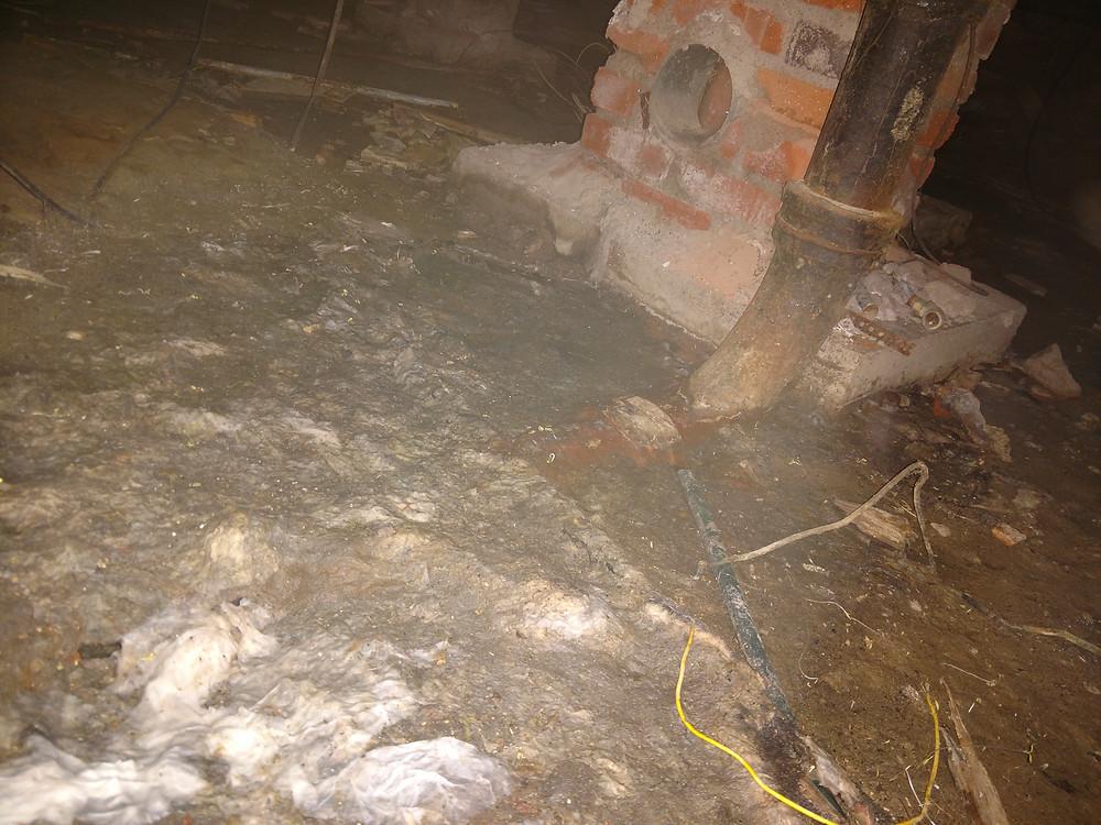 Waste drain crawlspace