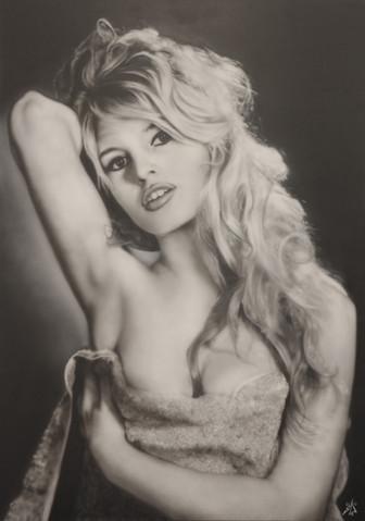 Airbrush Brigitte Bardot airbrushed airbrushing