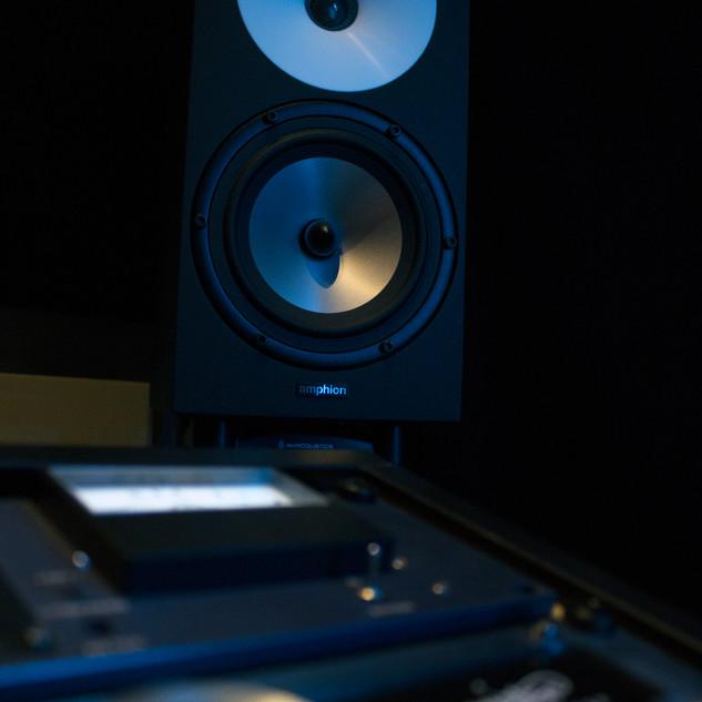 dede mastering amphion.jpg