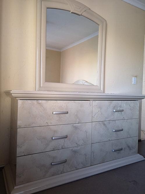 Full bedroom suite