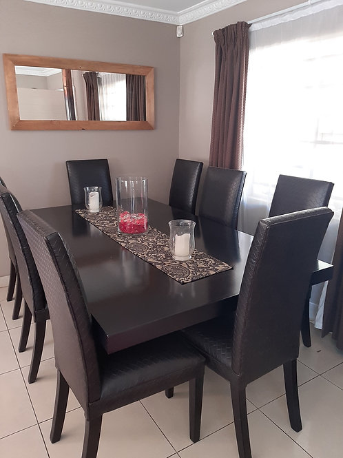 8 Seater Bali Dining Room Suite