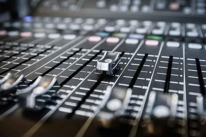 Zenei anyagok készítése