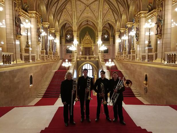Téli Olimpikonok kitüntetése a Parlamentben