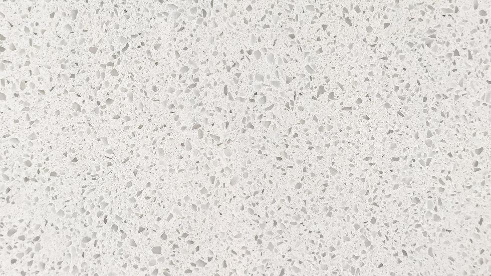 White Linen | Pre-fab Quartz
