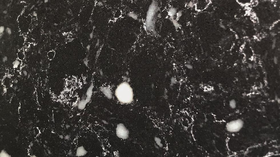 Lava Black | Pre-fab Quartz