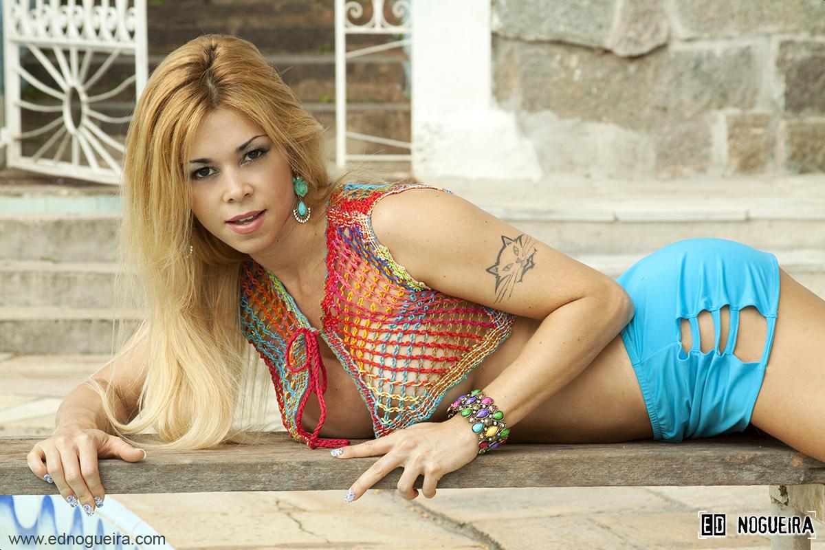 Rossane Bom - Ensaio externo parte I