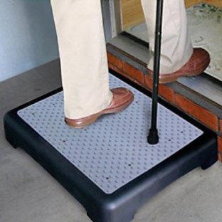 Step-Aid Non-Slip Outdoor Step