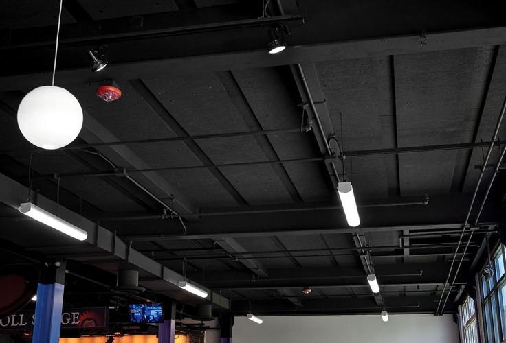 arquitetura-teto-preto-acustica.jpg