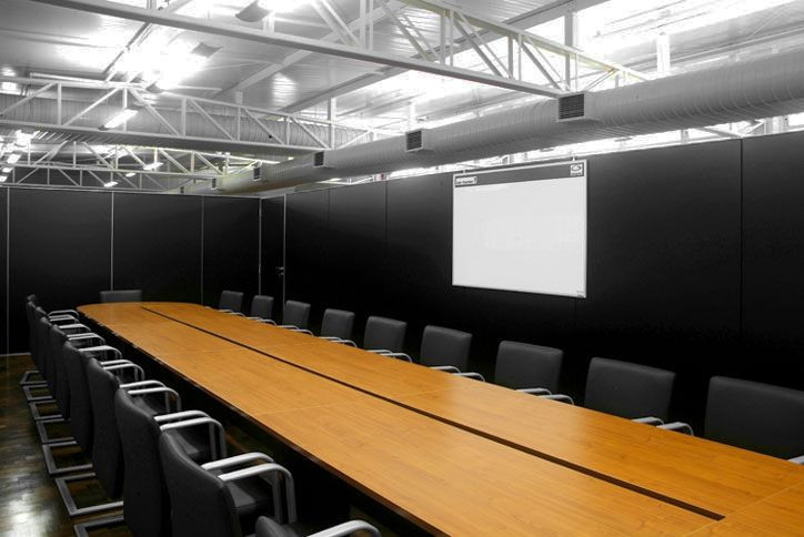 divisoria-ambientes-preta.jpg