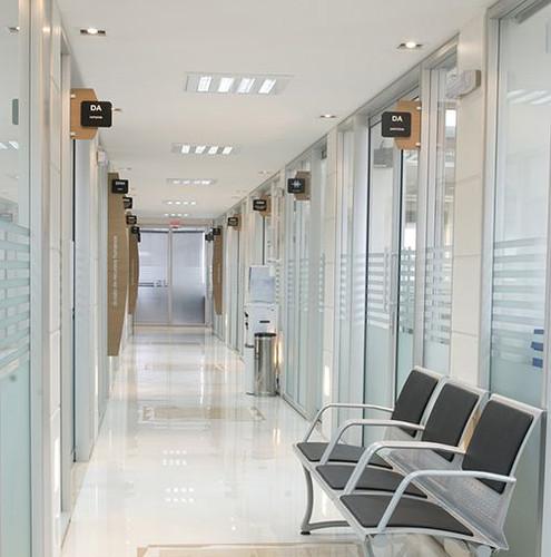 dvisoria-vidro-hospitais-empresas.jpg