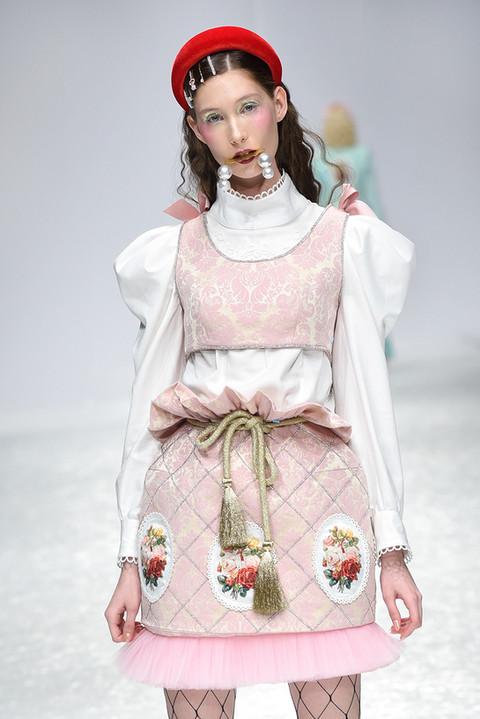 Model Lola Kostić
