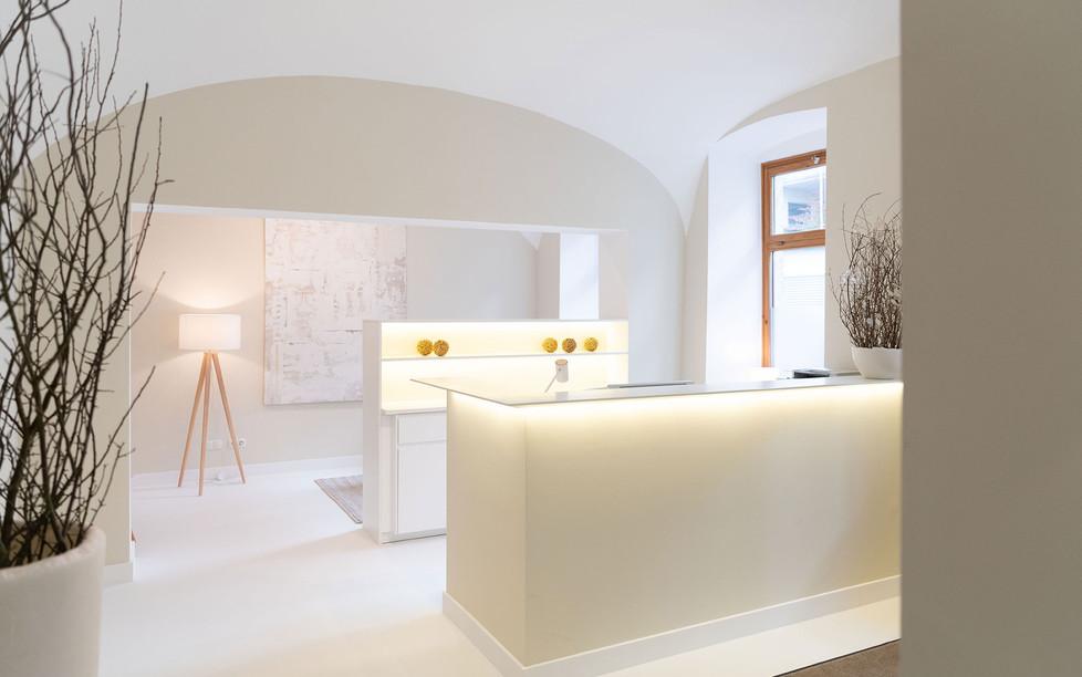 Hautarztpraxis Almuth Bene / Interior Design Eingangsbereich