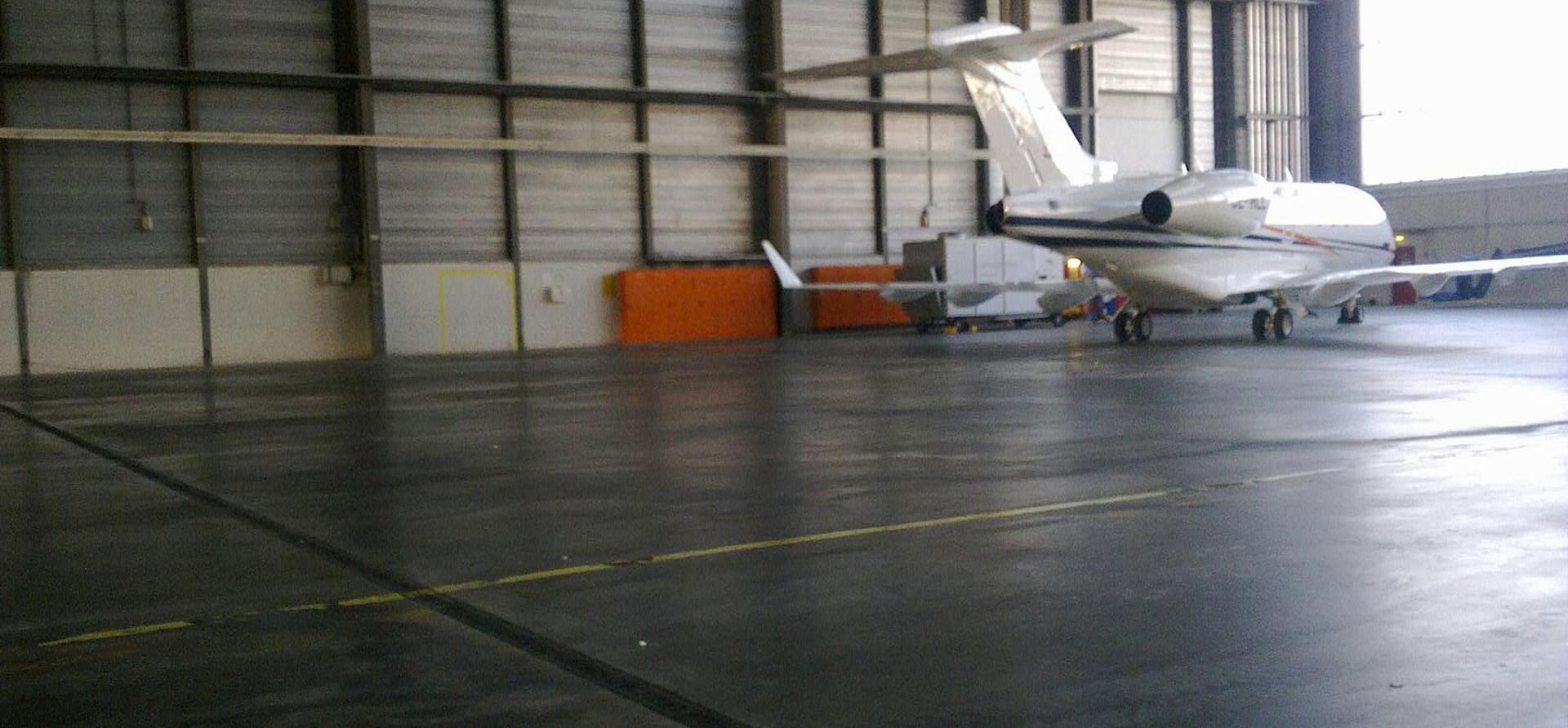 Hangar-leer.jpg