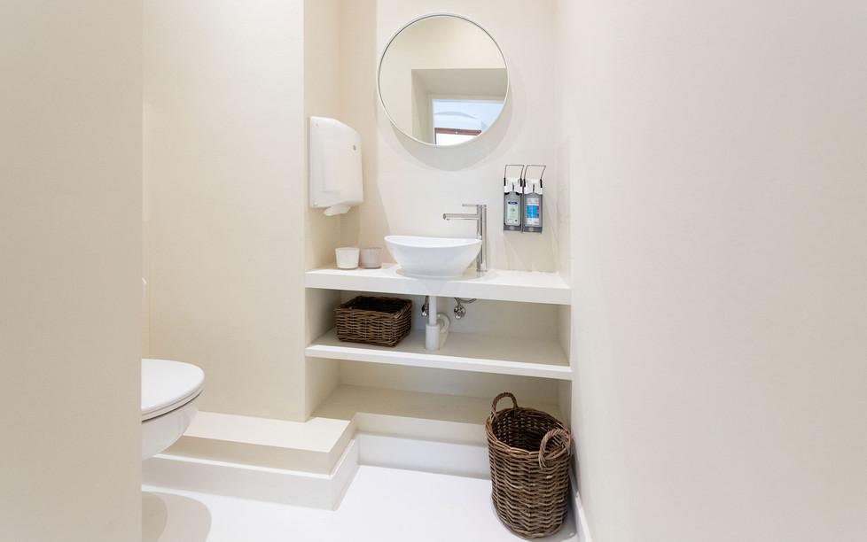 Hautarztpraxis Almuth Bene / Interior Design WC