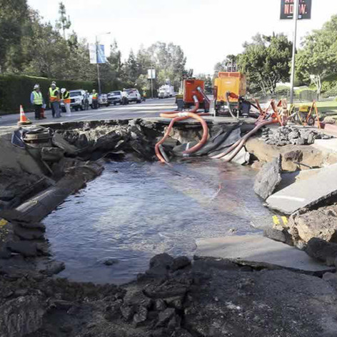 2-ucla-dwp-water-main-break.jpg
