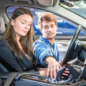 ¿Cuáles son los errores más comunes que cometemos los chilenos al conducir un automóvil?