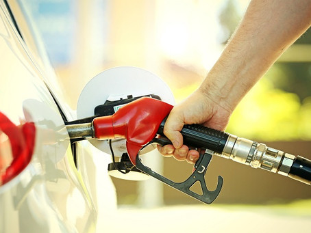 CNC questiona obrigatoriedade de painel com valor de tributos em postos de combustíveis