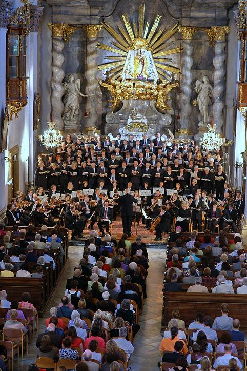 Chor der Basilika Mariatrost (1).jpg